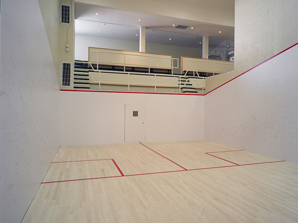 international singles squash courts